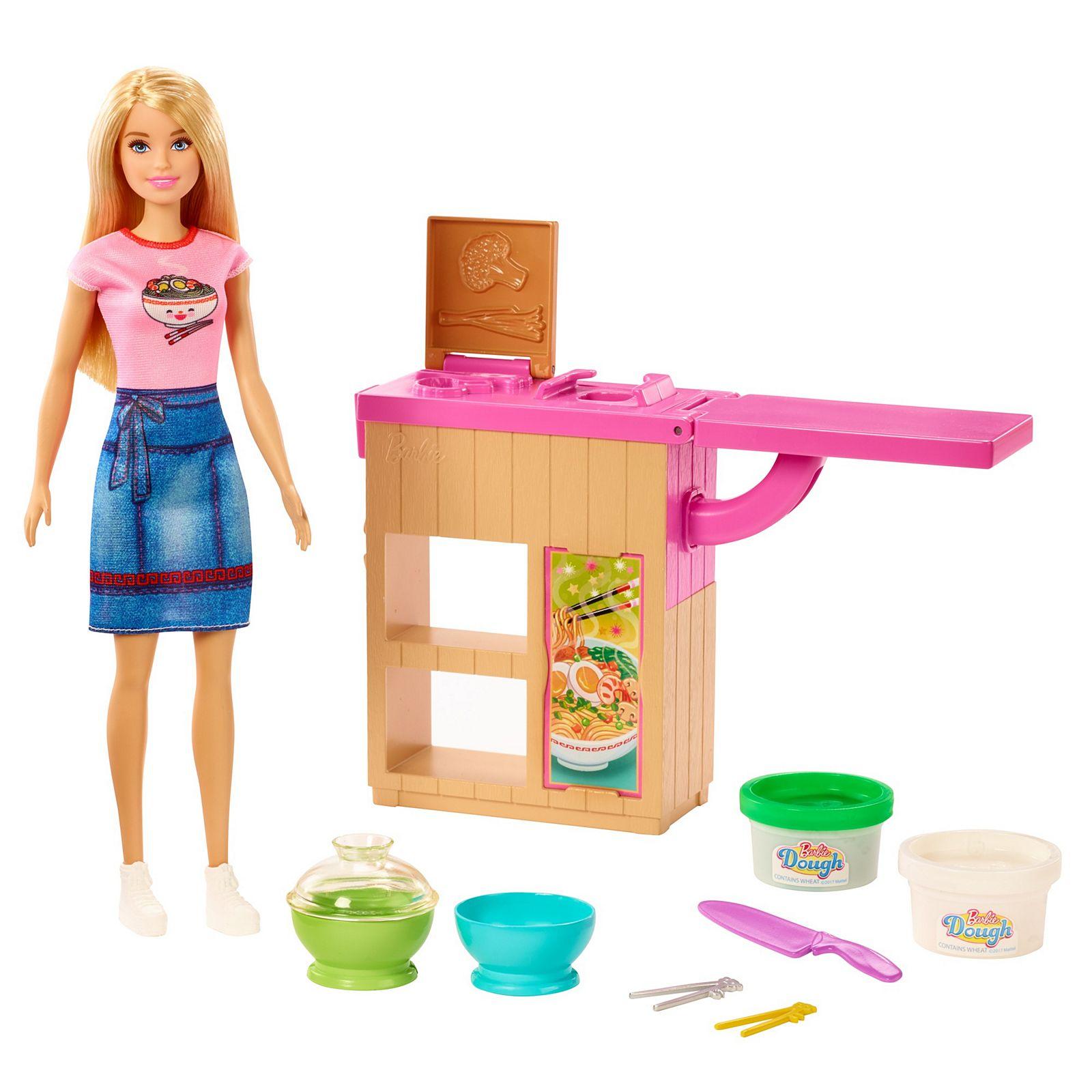 Barbie GHK43 Noodle Maker Doll & Playset