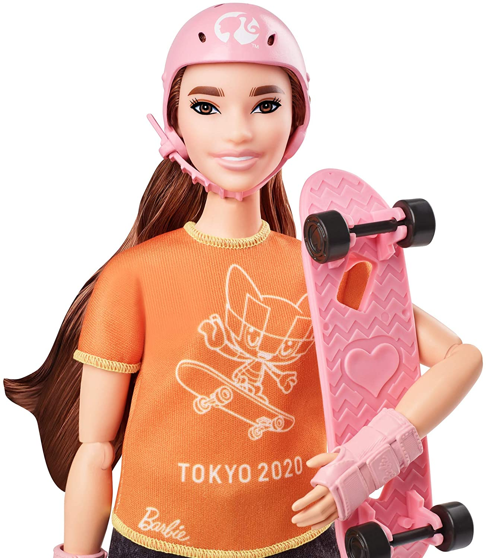 Barbie GJL78 Skateboarder Doll