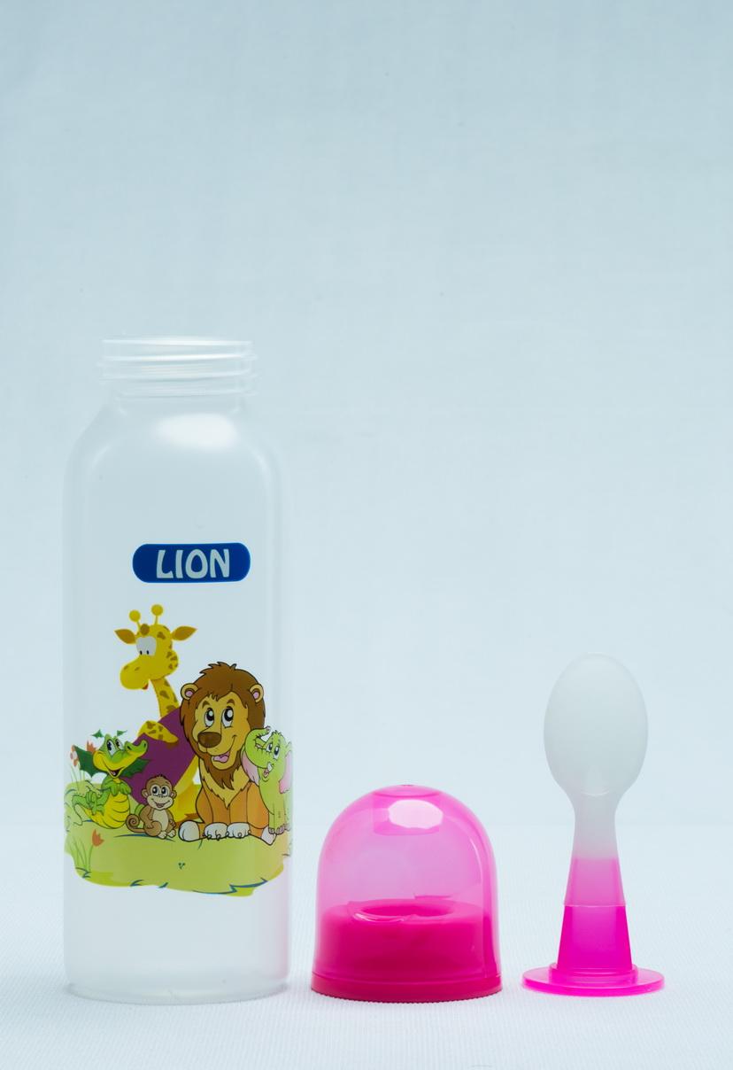 LION SPOON FEEDER 9 OZ 250 ML (BPA FREE) 1 PC SHRINK PACK